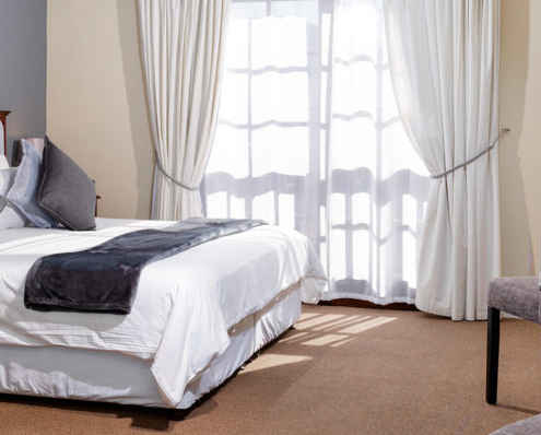 Studio Apartment at Best Western in Cape Town